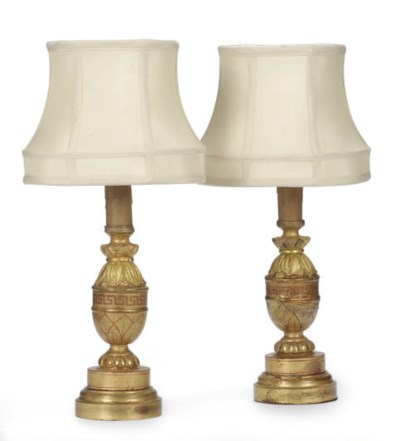 A PAIR OF GILTWOOD AND PAINT-D