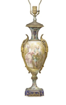 A FRENCH GILT-BRONZE MOUNTED C