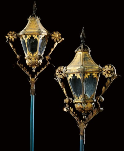 A PAIR OF ITALIAN GILT-TIN GON