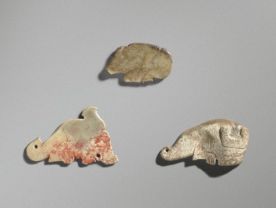 THREE SMALL JADE ANIMAL PENDAN