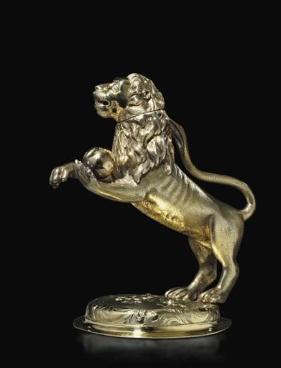 LION EN VERMEIL