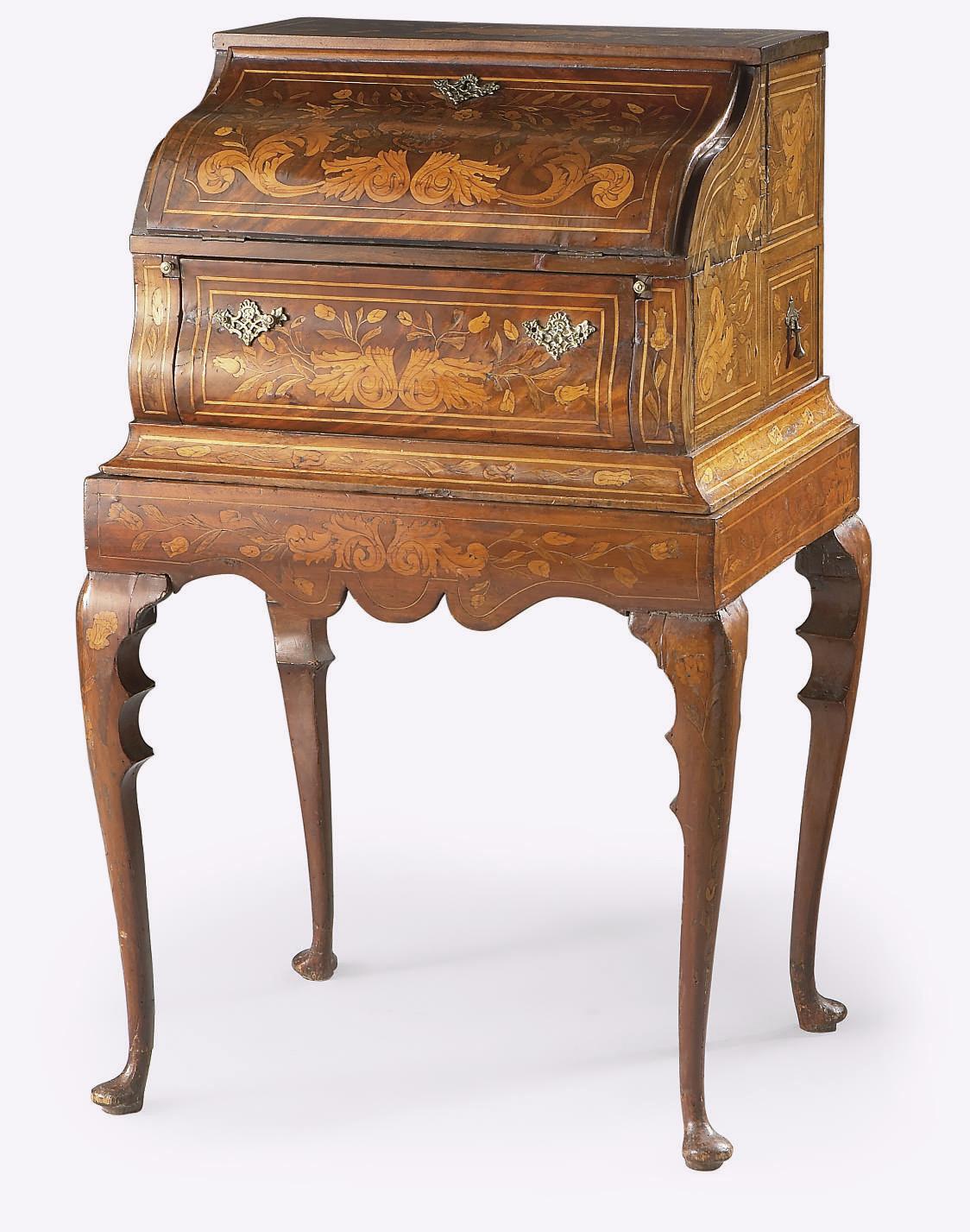 meuble scriban du milieu du xixeme siecle travail hollandais christie 39 s. Black Bedroom Furniture Sets. Home Design Ideas