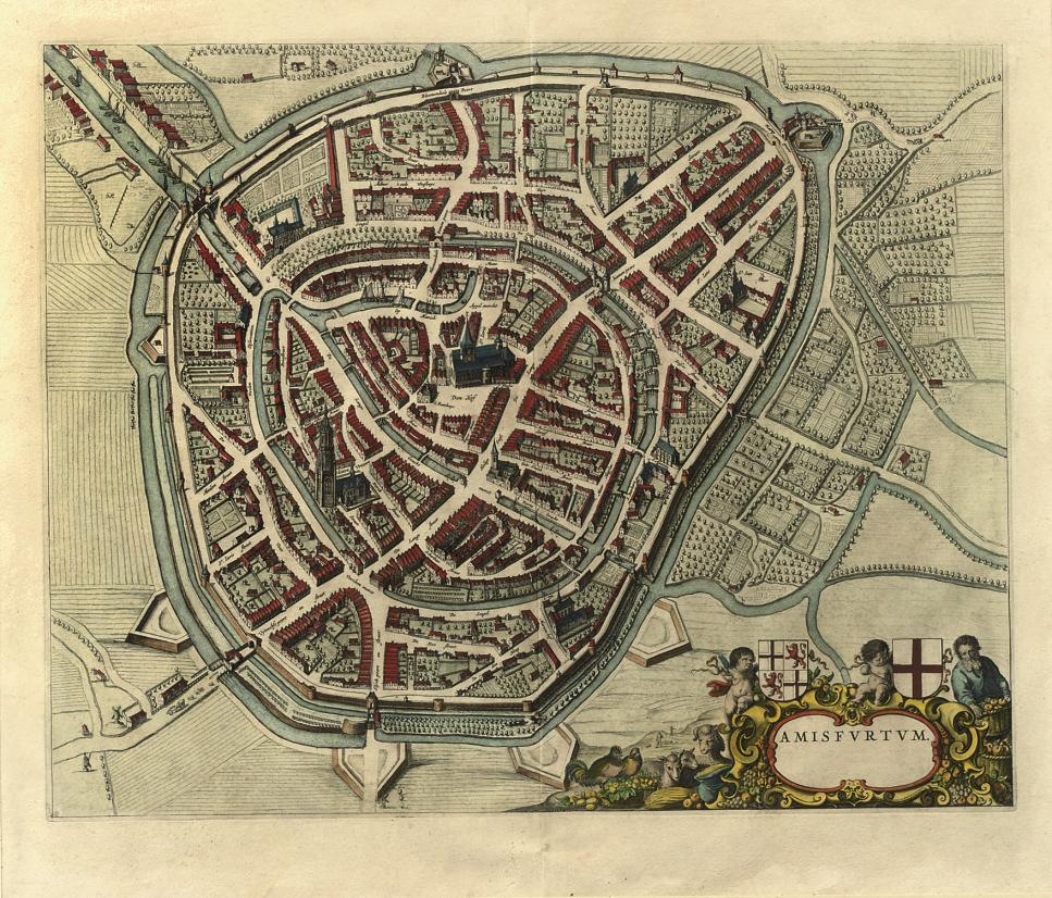 A HANDCOLOURED COPPER ENGRAVED MAP OF THE CITY OF AMERSFOORT 'AMISFURTUM'