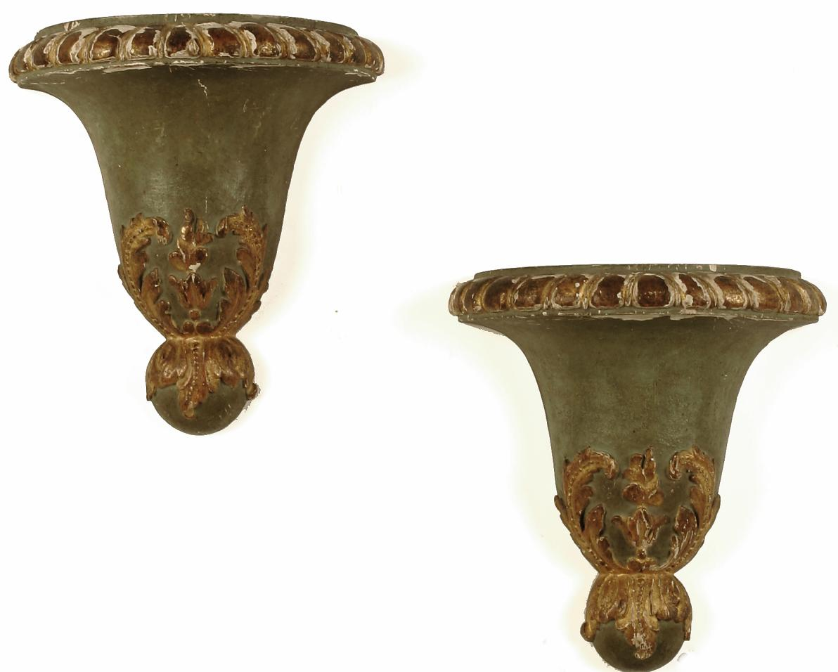 A PAIR OF DUTCH PARCEL-GILT AND GREEN-PAINTED WALL BRACKETS