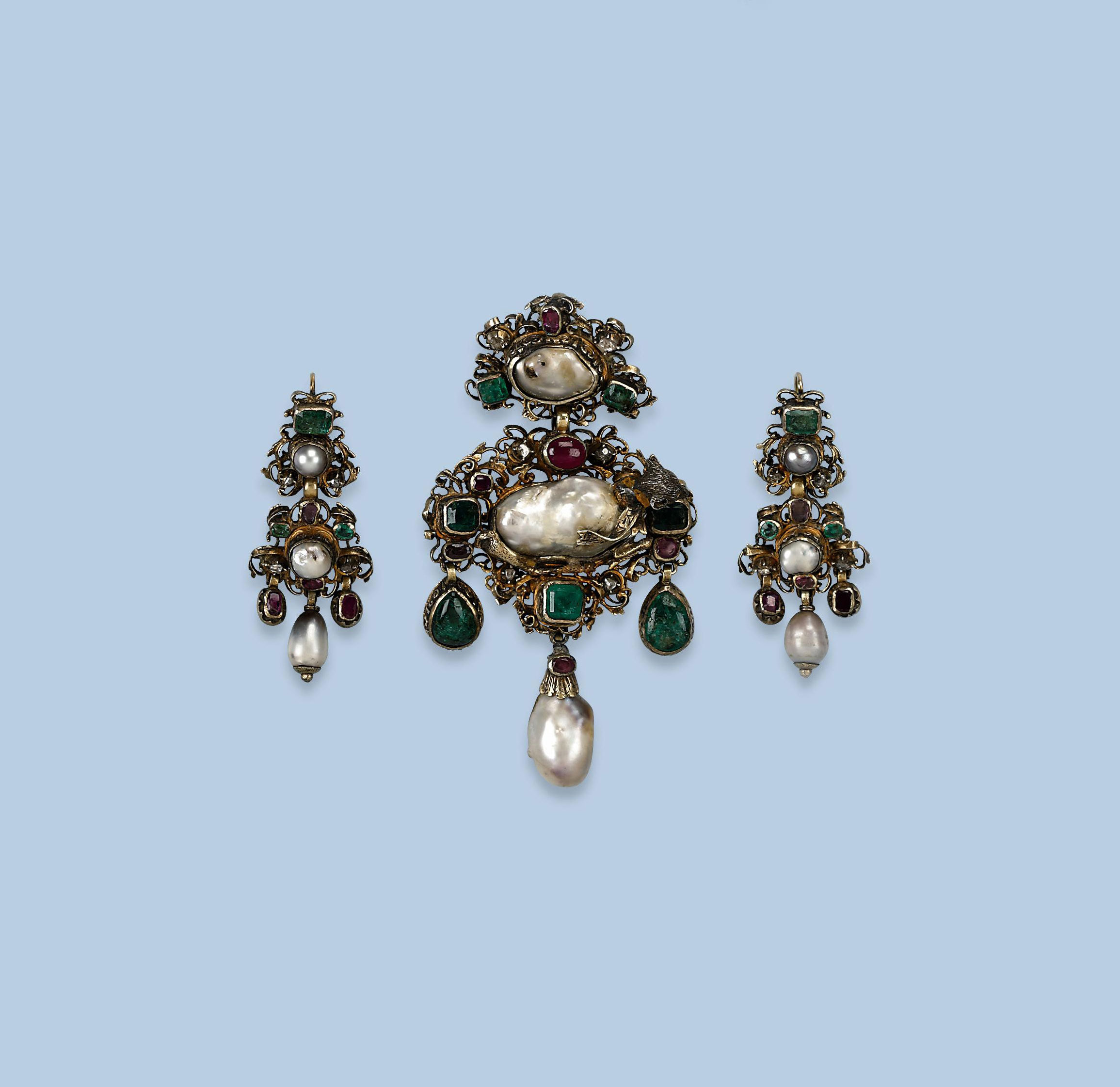 AN ANTIQUE PEARL, GEM SET AND