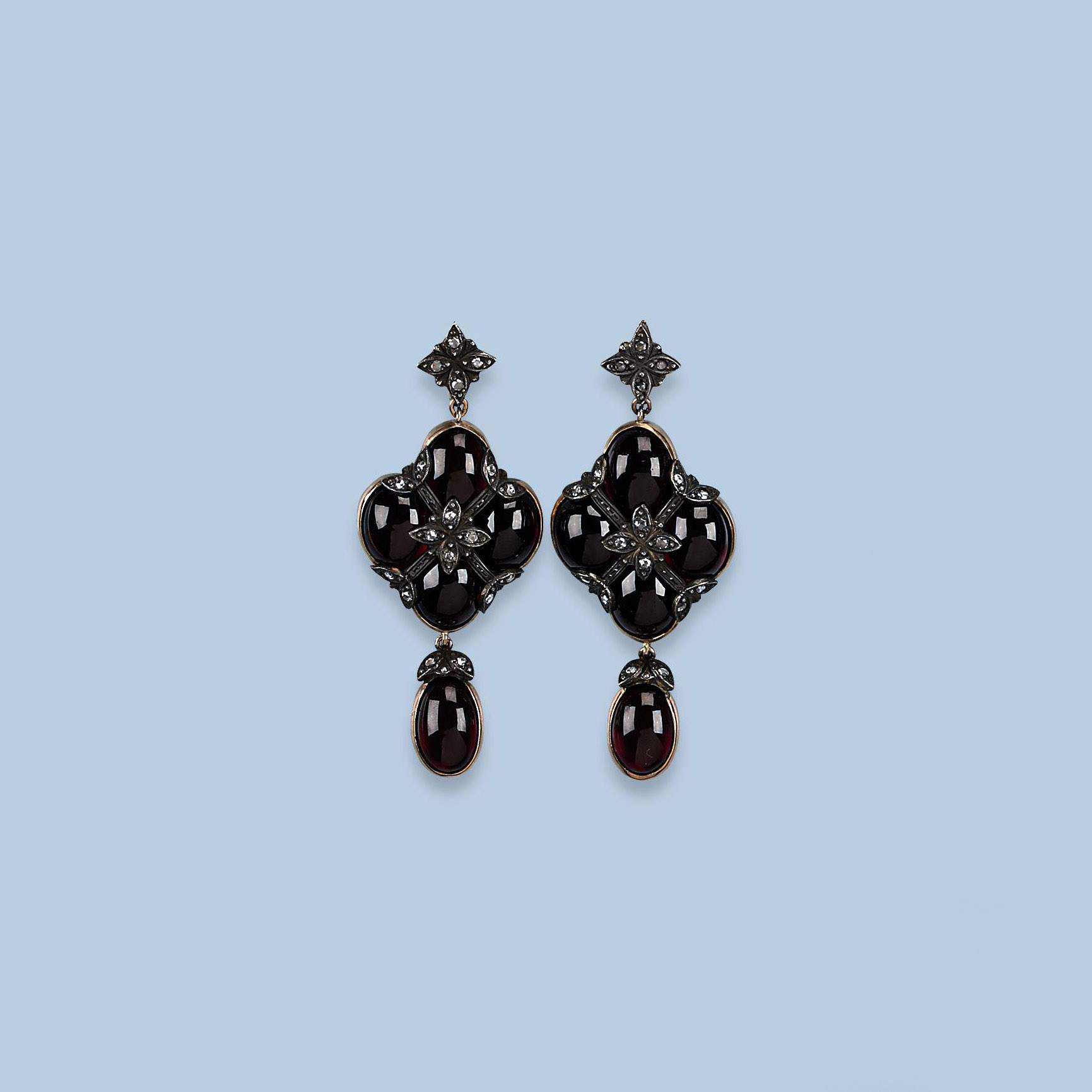 A PAIR OF RUSSIAN GARNET AND D