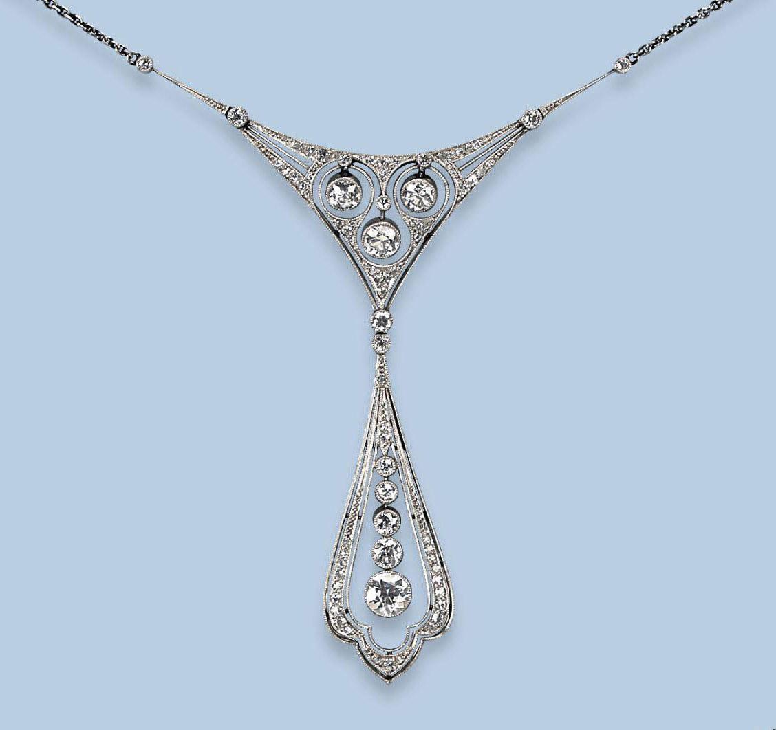 A BELLE EPOQUE DIAMOND NECKLACE