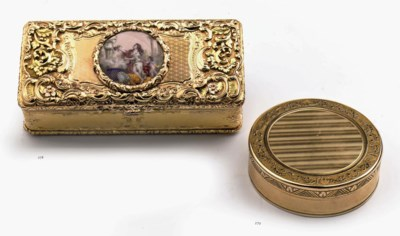 A Swiss gold circular box and
