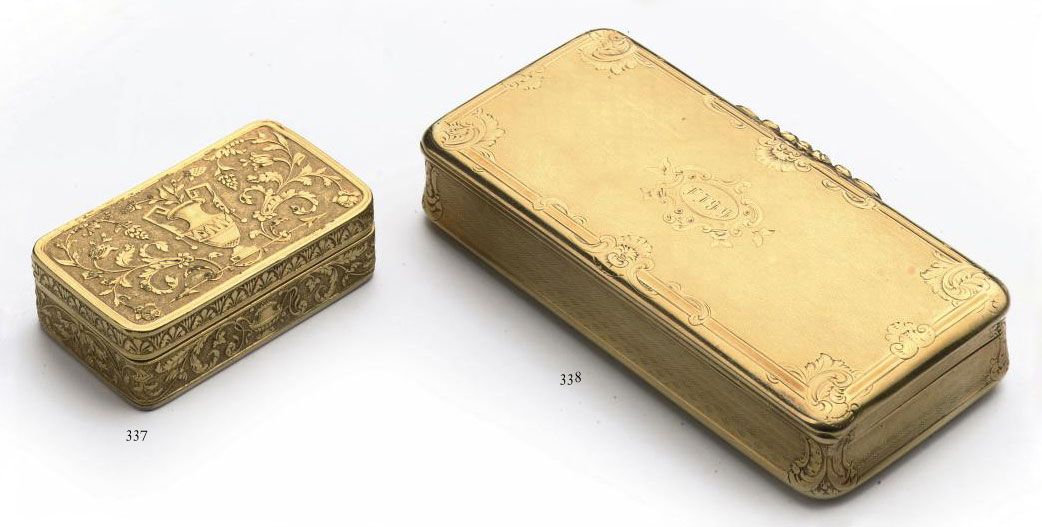 A French 18KT gold snuff-box and cover