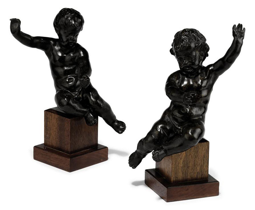 A PAIR OF BRONZE FIGURES OF YOUNG BOYS