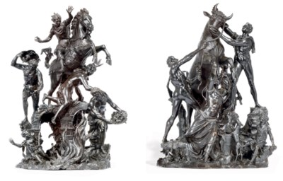 A PAIR OF BRONZE GROUPS OF THE