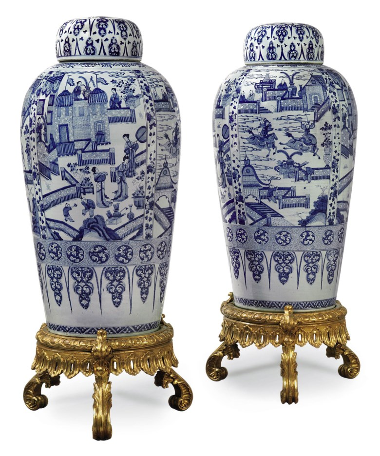 A pair of Chinese blue and white 'soldier' vases and covers, Kangxi period (1662-1722). Height 40¼  in (102.5  cm). Sold for £109,250 on 4 November 2010 at Christie's in London