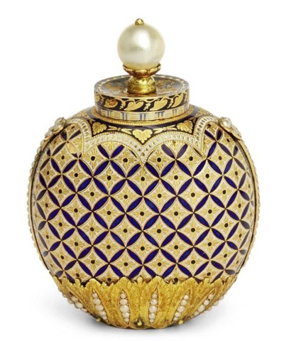 A SWISS ENAMELLED GOLD SCENT-B