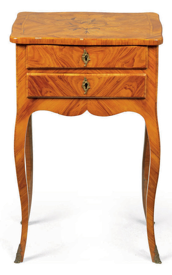 A LOUIS XV TULIPWOOD AND MARQUETRY TABLE A ECRIRE