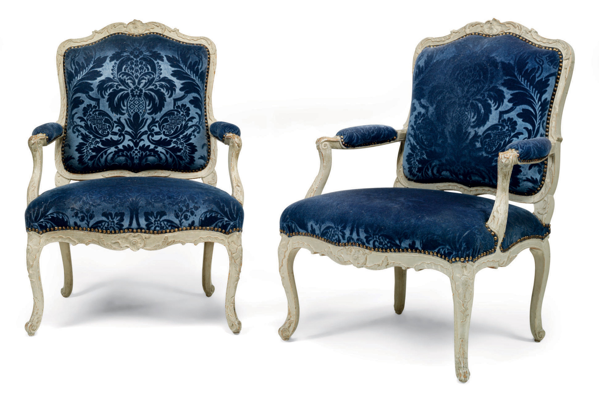 A PAIR OF LOUIS XV GREY-PAINTED FAUTEUIL À LA REINE