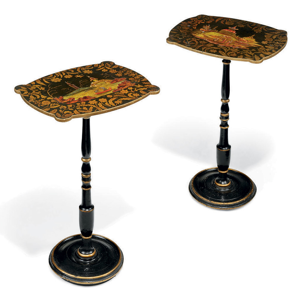 A PAIR OF PARCEL-GILT JAPANNED OCCASIONAL TABLES