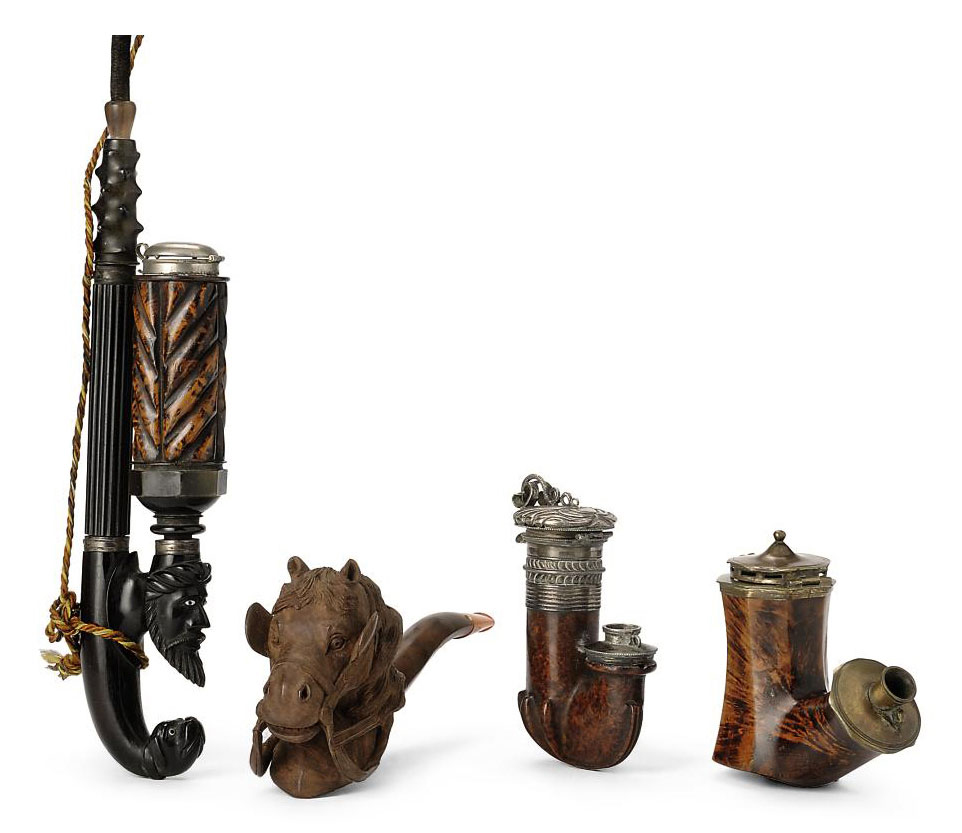 A COLLECTION OF ASSORTED WOOD