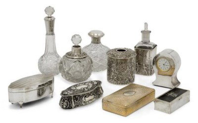A GROUP OF TEN SILVER OR SILVE