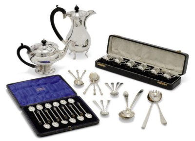 A SET OF SIX SILVER LIQUEUR TO