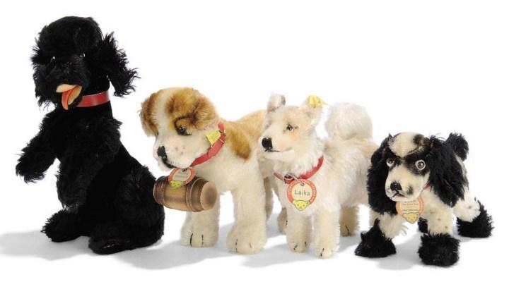 FOUR STEIFF POST-WAR DOGS: unl