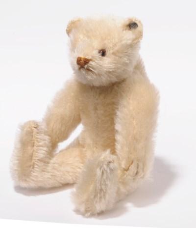 A STEIFF SMALL WHITE TEDDY BEA