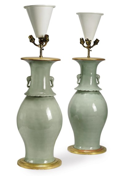 A LARGE PAIR OF CHINESE CELADO