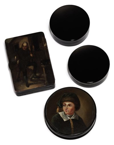 A GERMAN LACQUERED SNUFF-BOX A