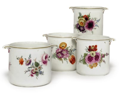 FOUR MEISSEN CYLINDRICAL TWO-H