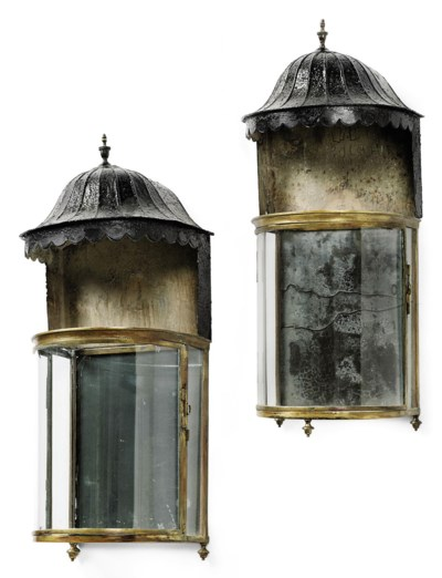 A PAIR OF LATE GEORGE III GILT