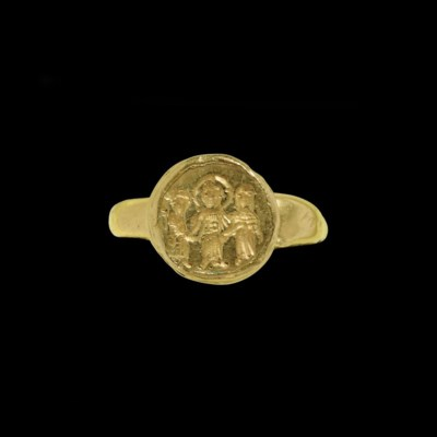 A BYZANTINE GOLD MARRIAGE RING