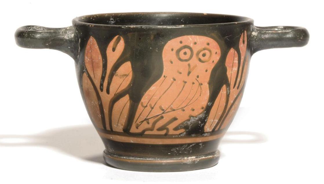 A LUCANIAN RED-FIGURED OWL SKY