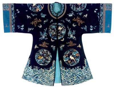A SEMI-FORMAL ROBE OF MIDNIGHT