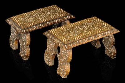 A PAIR OF IVORY INLAID WOOD FO