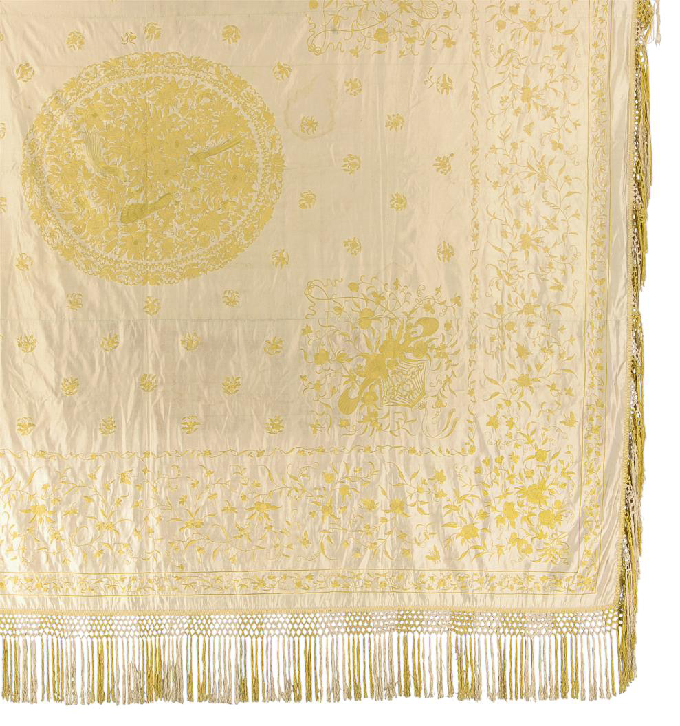 A COVERLET OF IVORY SILK