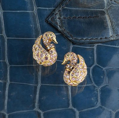 A pair of pink diamond-set ear