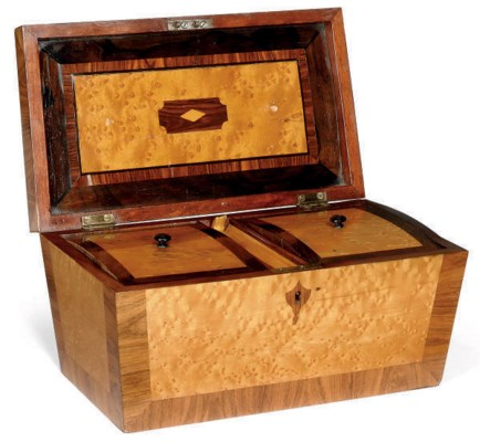 A GEORGE IV MAPLE AND ROSEWOOD