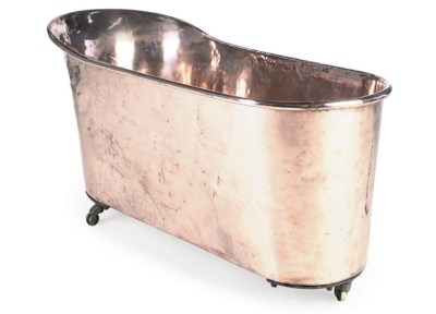 A FRENCH COPPER BATH