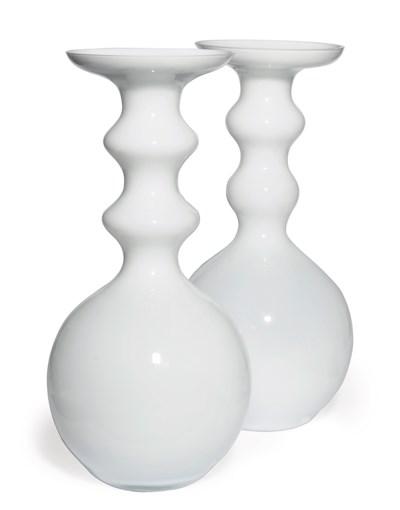 A PAIR OF OPALINE GLASS BALUST
