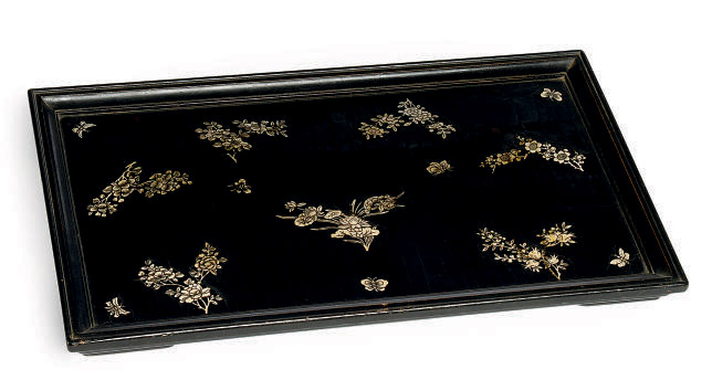 A CHINESE INLAID LACQUER TRAY