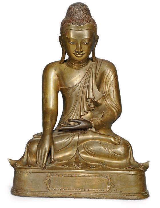 A LARGE BURMESE BRONZE BUDDHA
