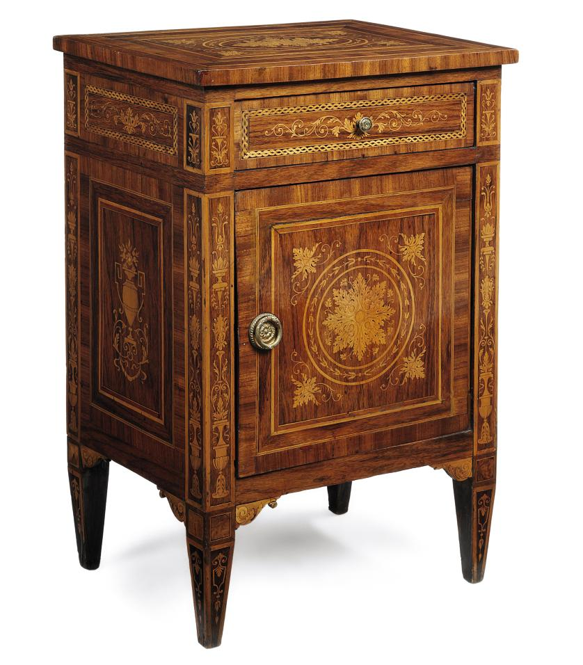 AN ITALIAN ROSEWOOD MARQUETRY