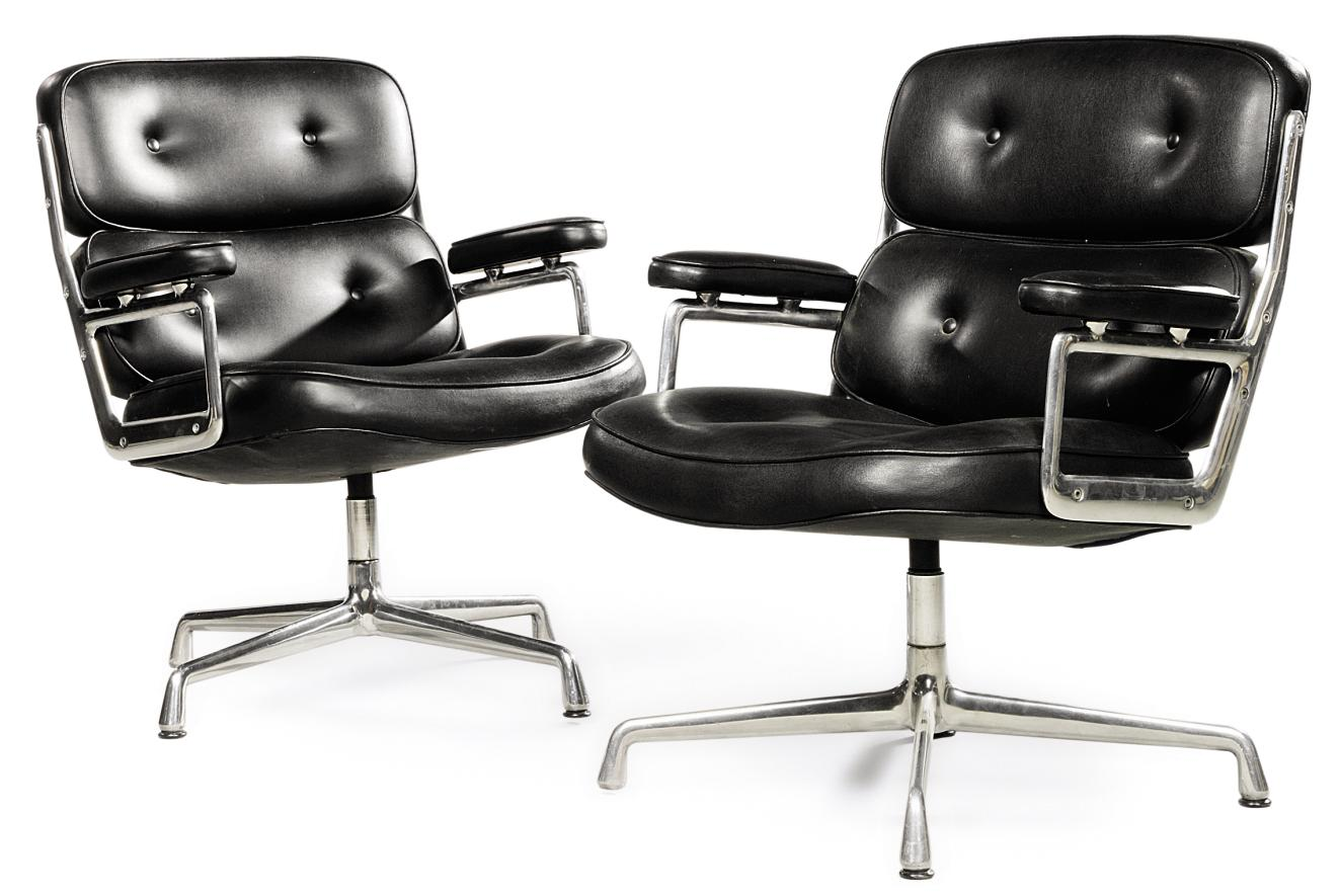 A CHARLES & RAY EAMES PAIR OF