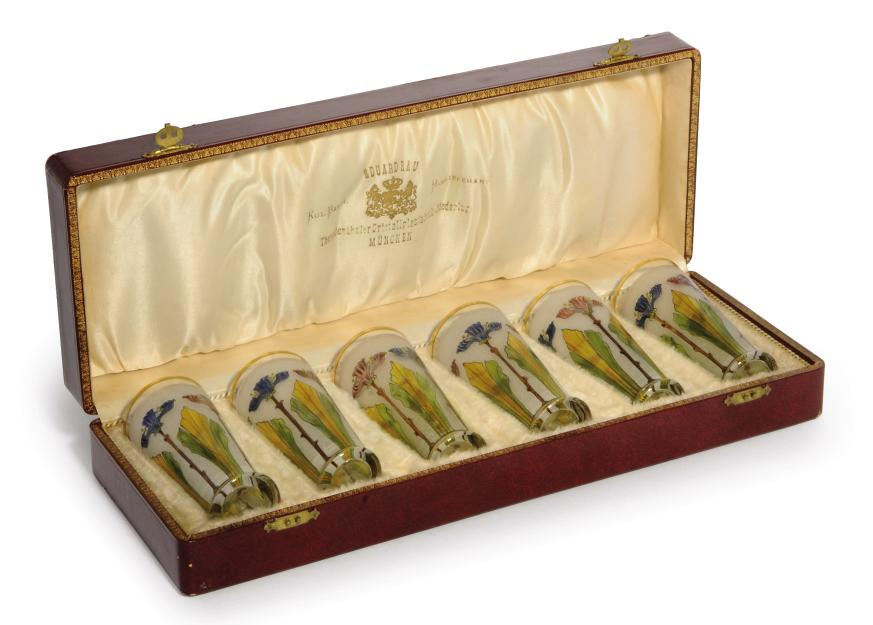 A BOXED SET OF SIX THERESIENTH