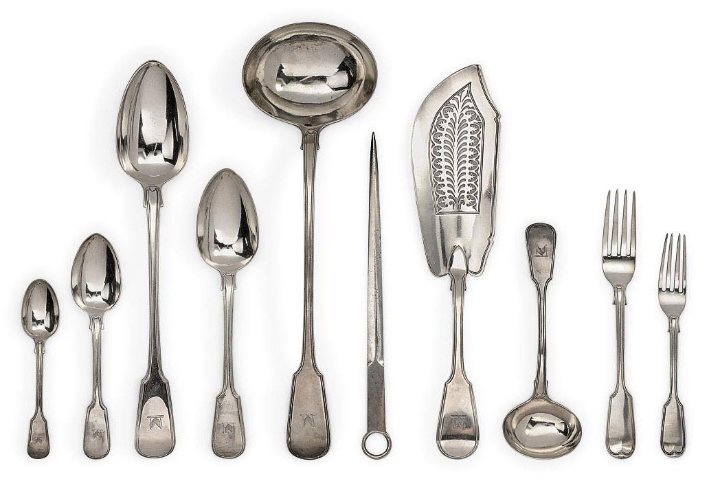 A GEORGE IV/VICTORIAN COMPOSITE SILVER TABLE SERVICE OF FIDDLE & THREAD PATTERN FLATWARE