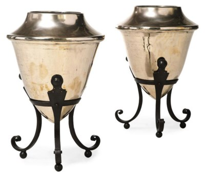A PAIR OF BRONZE PLANTERS