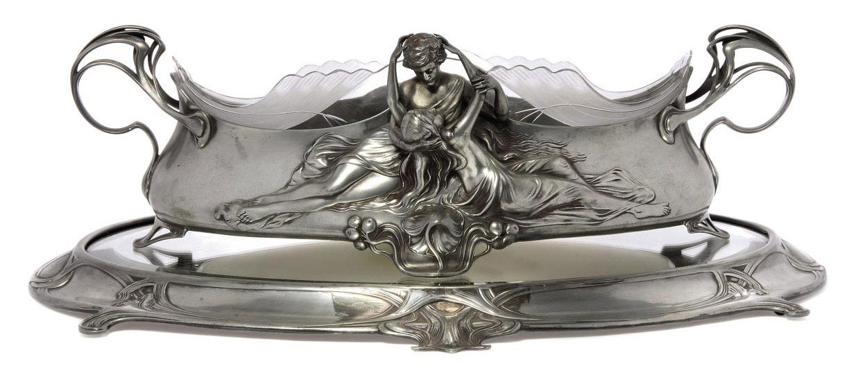 AN ART NOUVEAU WMF PEWTER AND GLASS CENTREPIECE WITH BEVELLED MIRROR STAND