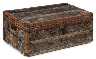 A CABINE TRUNK IN MONOGRAM CAN