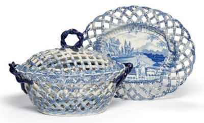 A BRAMELD PEARLWARE BLUE AND W