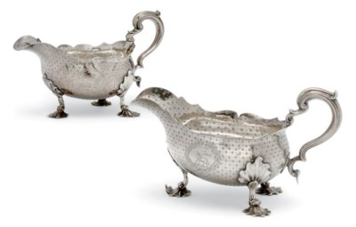 A PAIR OF GEORGIAN SILVER SAUC