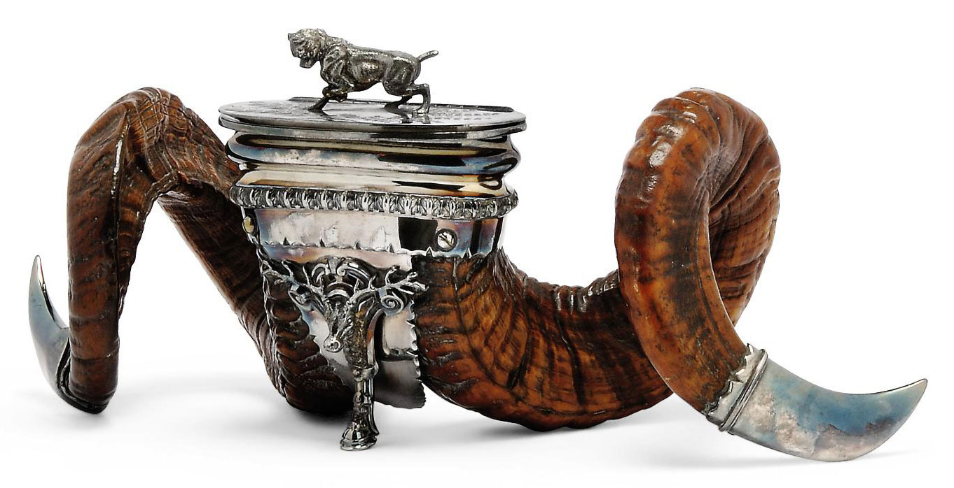 A VICTORIAN RAM'S HORN SNUFF MULL WITH ELECTROPLATED MOUNTS